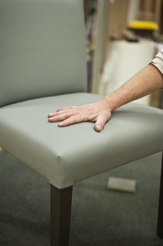 les meubles d art de revel d couvrir la r gion r gion. Black Bedroom Furniture Sets. Home Design Ideas